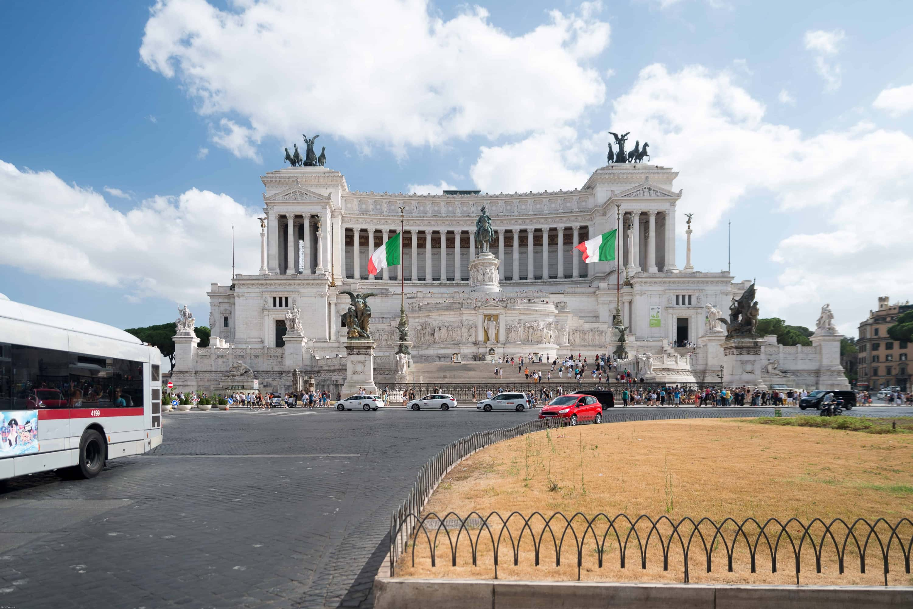 how to keep cool in rome